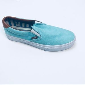 Can slip on sneakers
